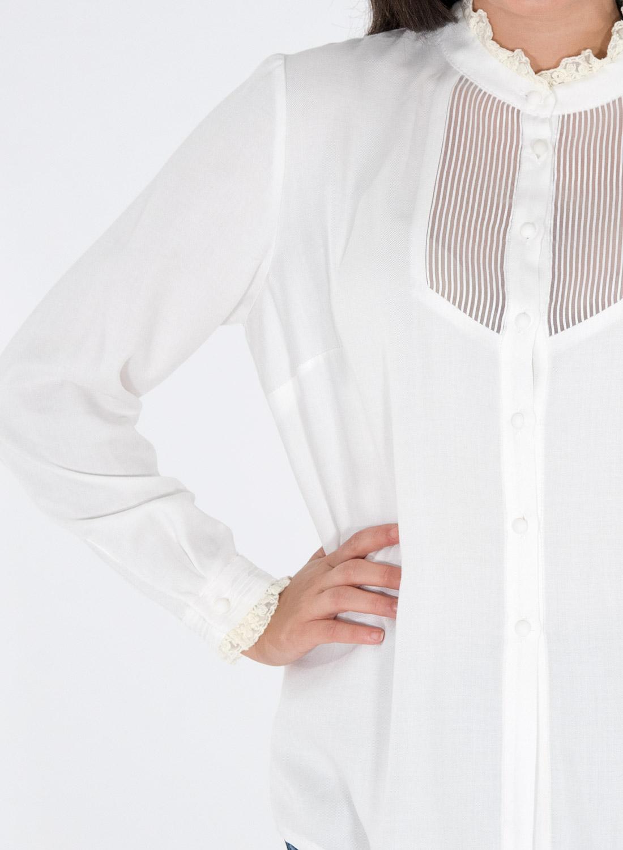 Λευκό εντυπωσιακό πουκάμισο με διαφάνεια