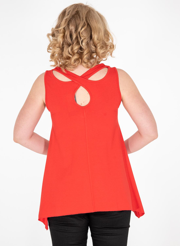 Αμάνικη μπλούζα με εντυπωσιακή πλάτη
