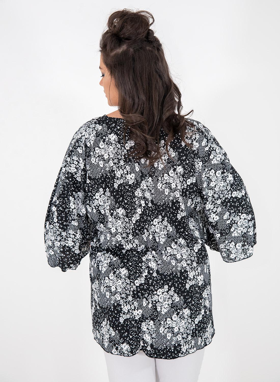 Φλοράλ ασπρόμαυρη μπλούζα