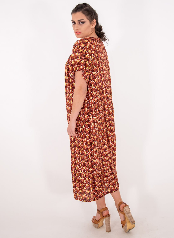 Φωτεινό εμπριμέ μακρύ φόρεμα