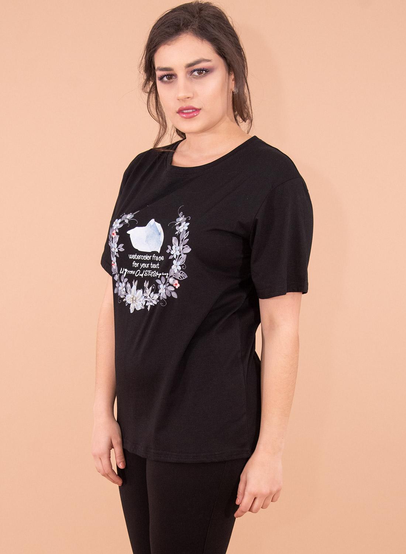Μαύρη κοντομάνικη μπλούζα με στάμπα
