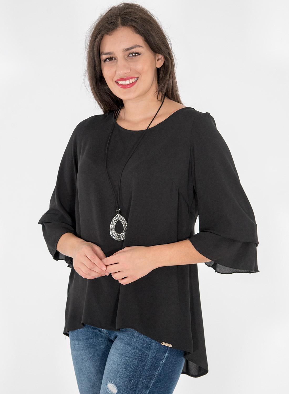 Αέρινη μαύρη μπλούζα με κολιέ